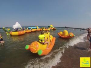 plac zabaw na wodzie w Ustroniu Morskim